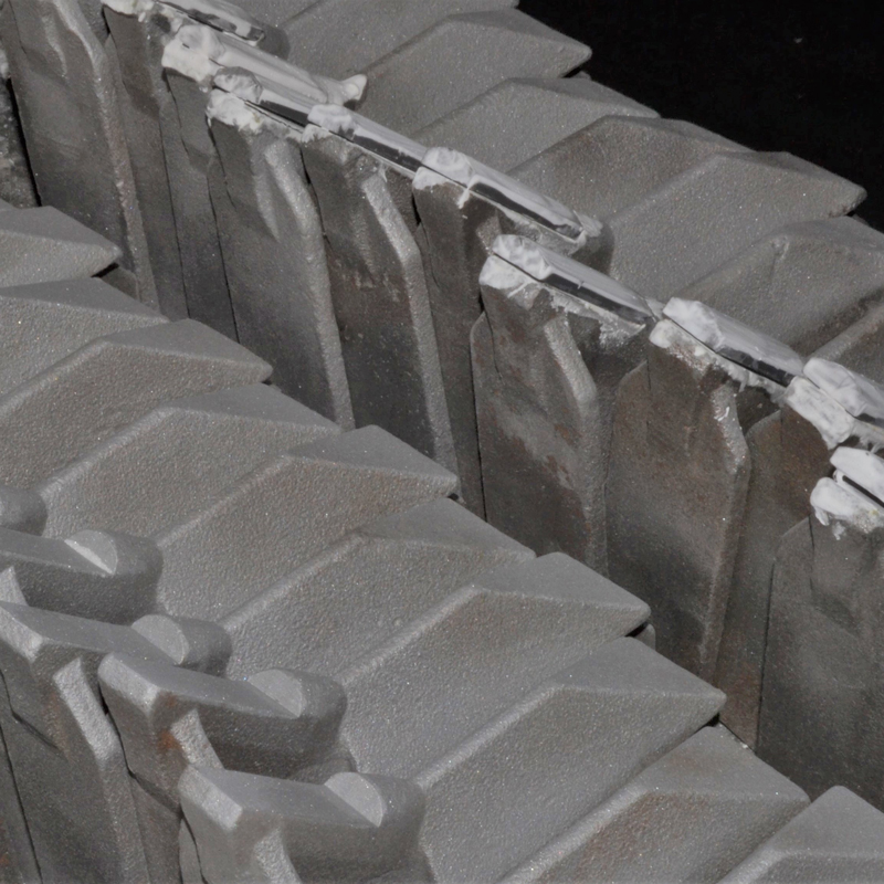 Rejas, Arados y demás útiles Agrícolas reforzados con placas de metal duro
