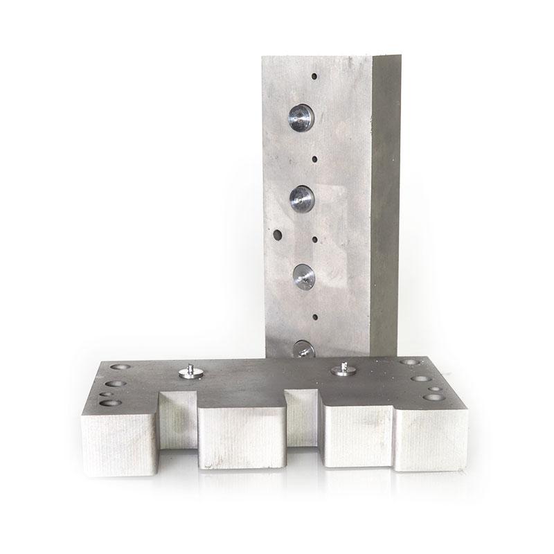 Soldadura de tacos de acero en metal duro